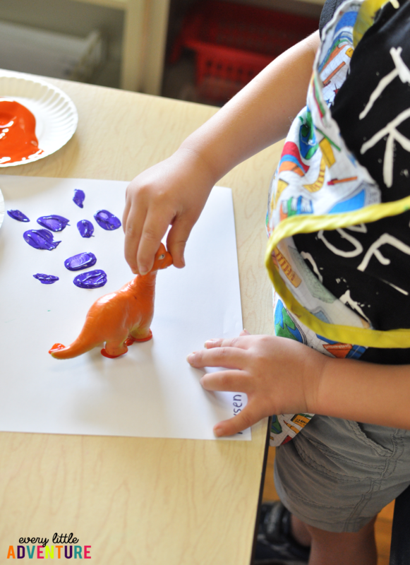 Preschool Dinosaur Theme Activities & Freebie