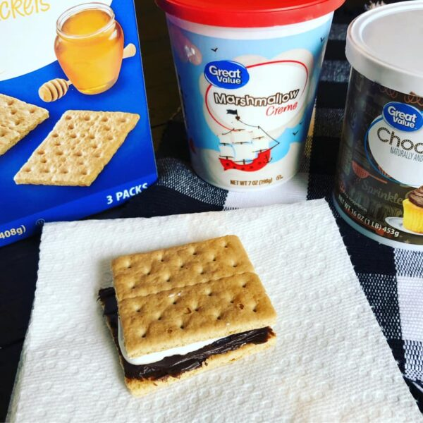 Preschool camping theme snack - easy s'mores